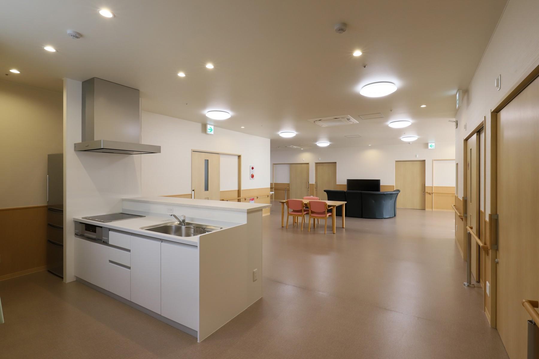 46-2階共同生活室-2