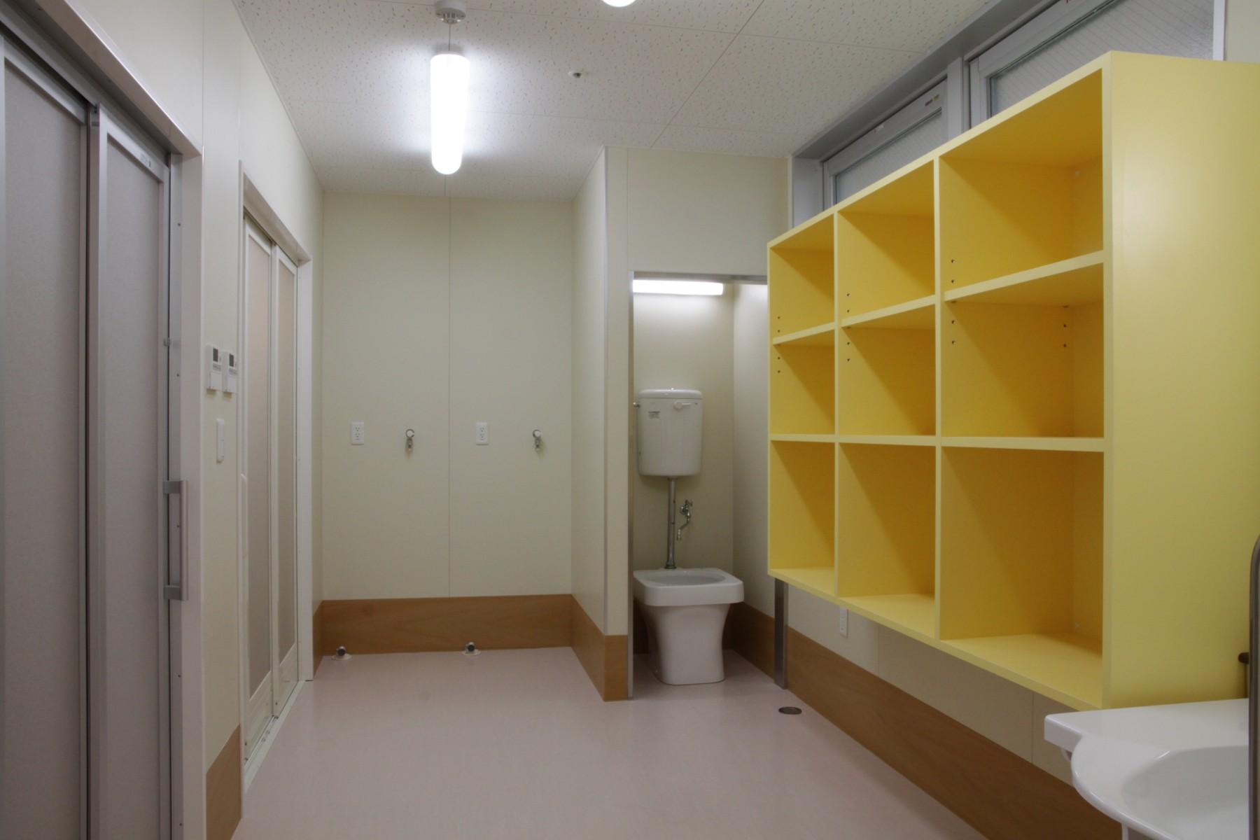 037-2F-洗濯室・脱衣室