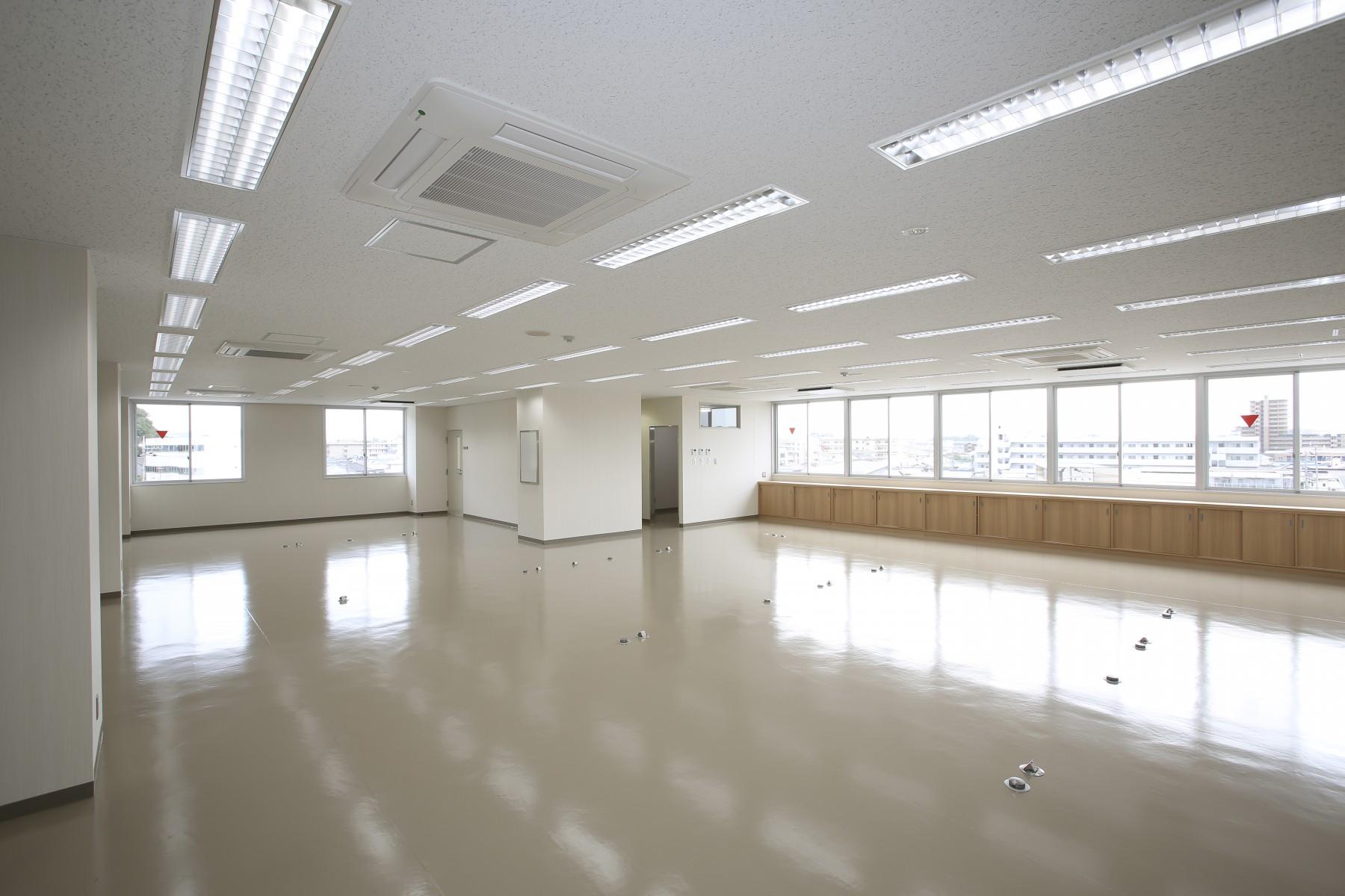 No.34.4階事務室4