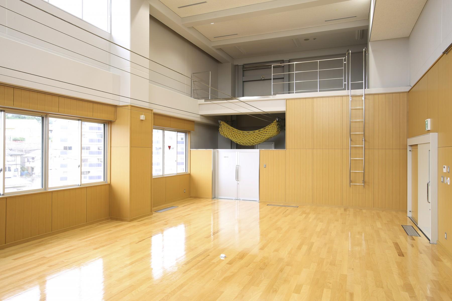 No.36.4階講堂兼室内訓練場1